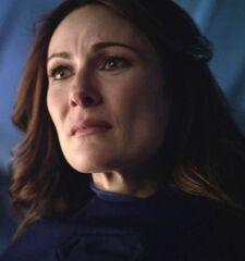Supergirl 1x01 004