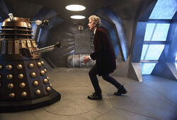 Doctor Who 2005 10x01 001