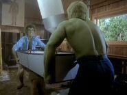 Incredible Hulk 4x13 001