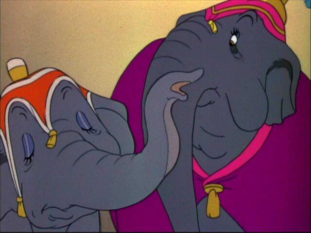 File:Dumbo 15.jpg