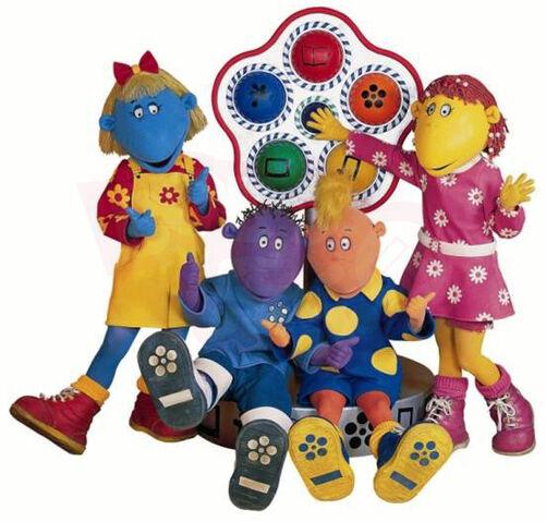 File:Tweenies around the Tweenie Clock.jpg