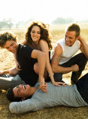 File:Jacob,Edward and Bella.jpg