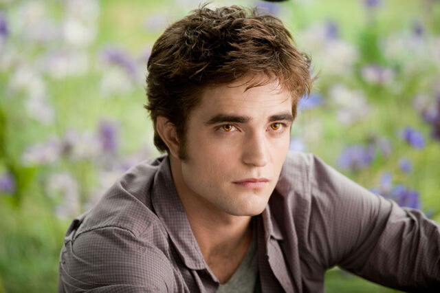 File:Edward Cullen 45.jpg
