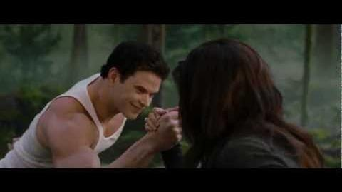 "THE TWILIGHT SAGA BREAKING DAWN PART 2 - Clip ""Strongest in the House"""