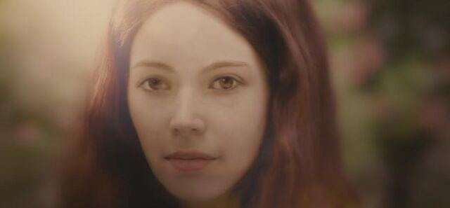 File:BD1- Renesmee Grown Up 66.jpg