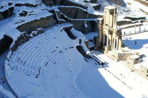 File:Volterra theatre.jpg