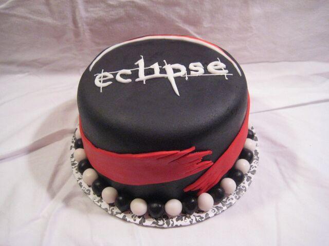 File:Eclipse cake t.JPG