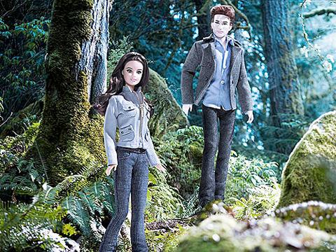 File:Twilight barbies.jpg