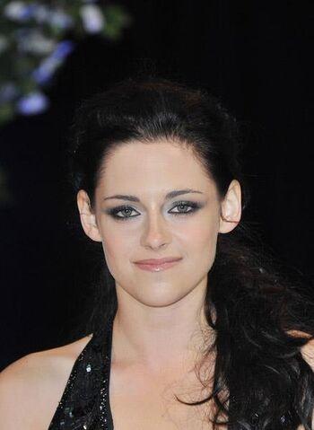 File:Kristen Stewart 2012 info box photo.jpg