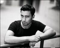 Arash-modeling-Hannes-Caspar3