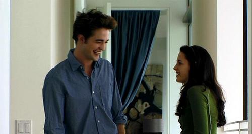 File:Twilight-Edward-Cullen-wool-Coat-Costume.jpg