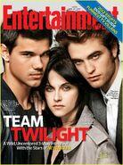Twilight-team-ew-cover-01