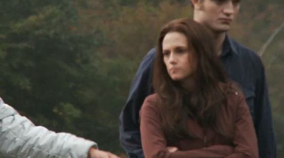 File:Screencaps-From-the-FULL-Eclipse-Behind-the-Scenes-Feature-twilight-series-11008497-560-312.jpg