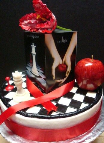 File:Aimee Twilight cake 011.jpg