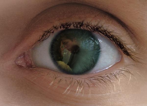 File:Eye(Ed-Bella).jpg