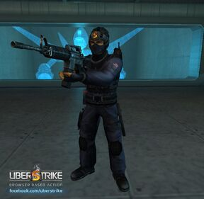 DanCool with his CT Gear and M4A1