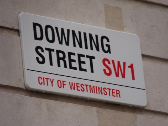 File:Downing Street.001 - London.JPG