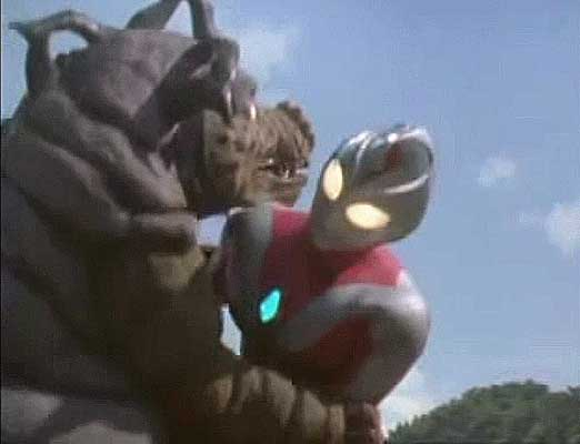 File:Bao-on playing with Ultraman Dyna Strong Type 2.jpg