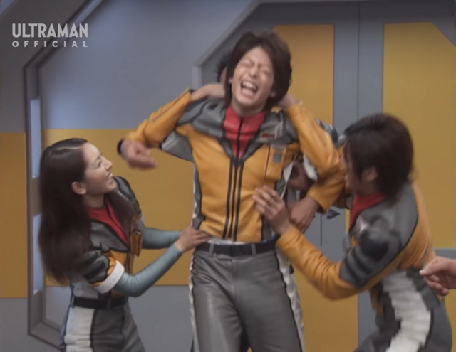 File:Mirai tickled by others.png