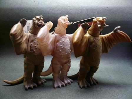 File:Peguila toys.jpg