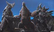EX Red King Mecha Gomora & Armored Darkness