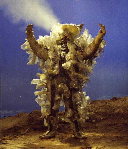 File:Alien-Plachiku 1.jpg