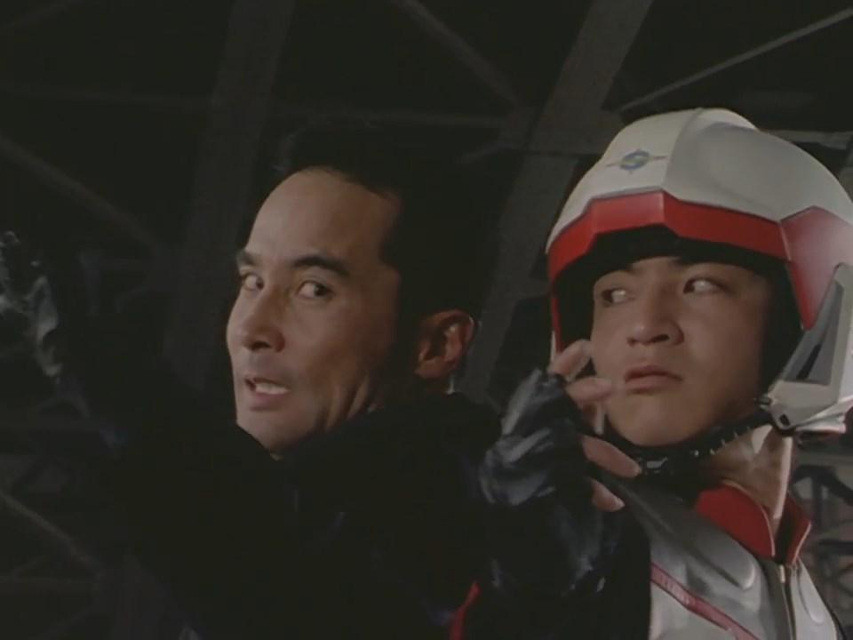 File:Imitation Ultraman Dyna human host vs. Asuka.jpeg