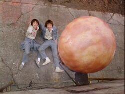 Algona-egg