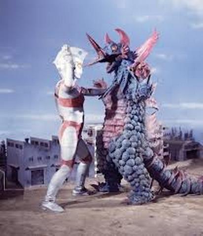 File:Red Jack v Ultraman Ace.png
