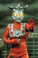 Ultraman-Leo 11