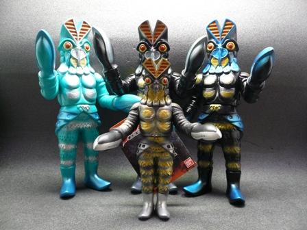 File:Alien Baltan jr. toys.jpg