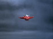 Leo flying in ep 2