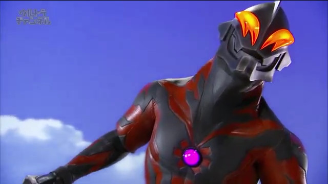 File:Belial talking to Shining Ultraman Zero.jpg