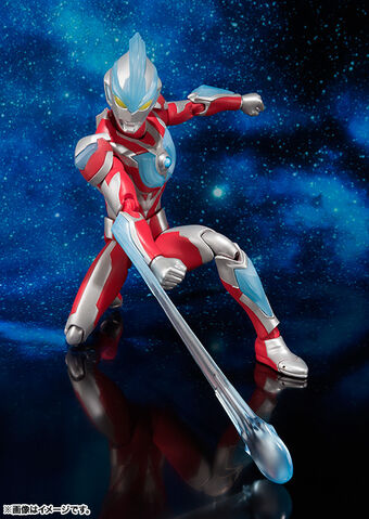 File:Ultra-Act Ultraman Ginga using Ginga Saber effect part.jpg