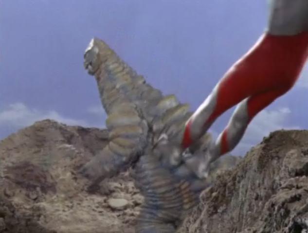 File:Ultraman Dive Kick.png