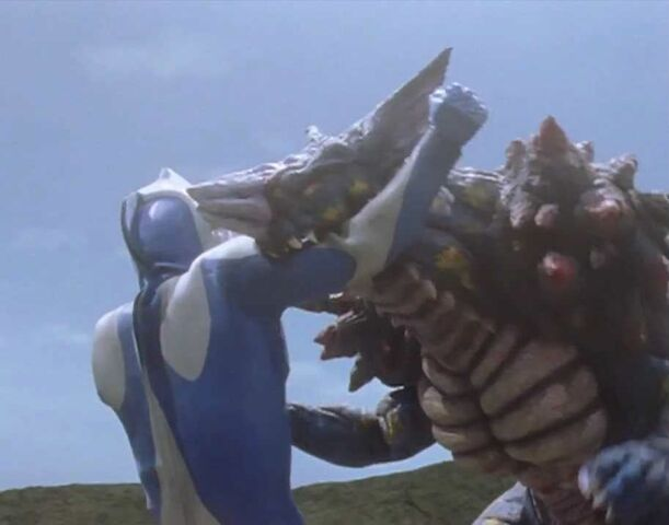 File:Ultraman Cosmos-Vadata Screenshot 007.jpg
