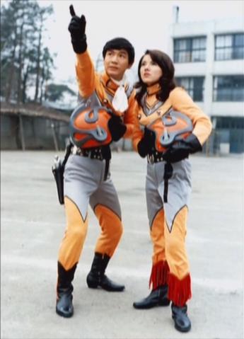 File:Seiji Hokuto & Maya Takashina.png