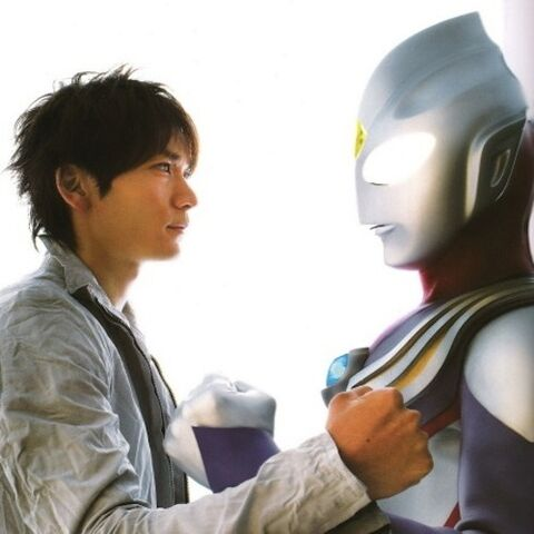 File:Hiroshi & Tiga.jpg