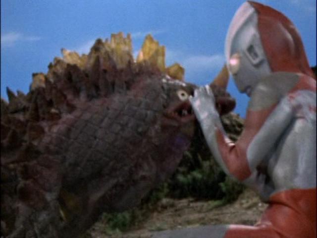 File:Zambolar v Ultraman I.png