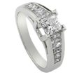 Lunaram ring
