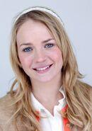 Britt Robertson (17)