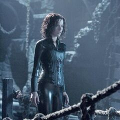 Selene in William's prison.