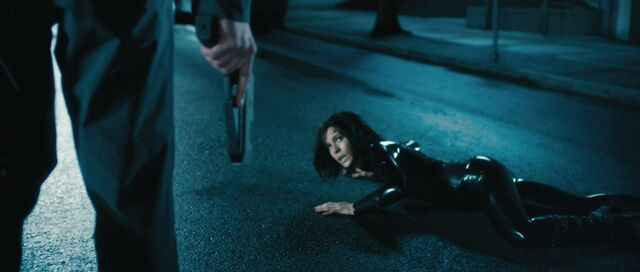 File:Kate-beckinsale-as-selene-in-underworld-awakening.jpg