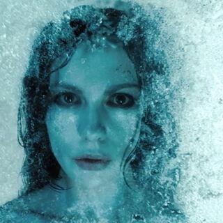Selene awakening in the cryogenic chamber