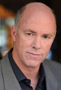 Michael Gaston 1