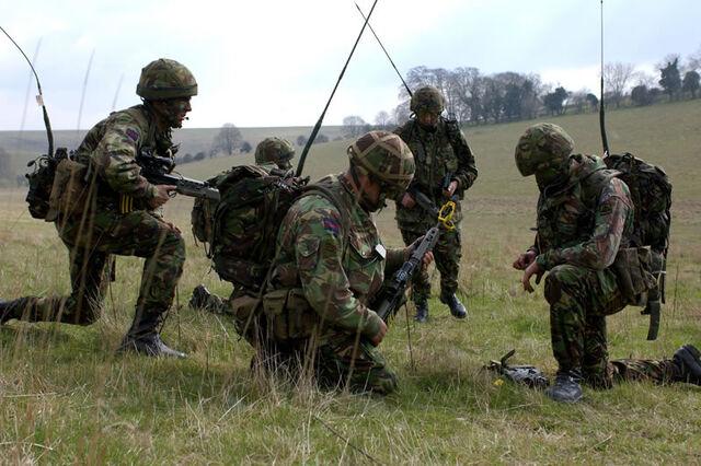 File:ELEC Bowman Radios on British Army lg.jpg