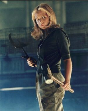 Buffy-Summers-tv-blondes-16246763-357-450