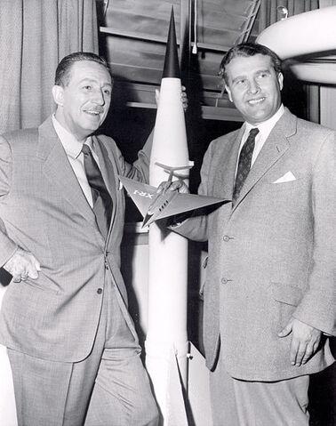 File:Wernher von Braun(2).jpg