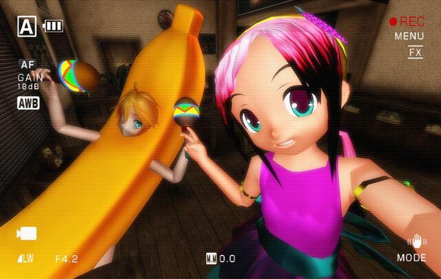 File:Len banana selfie1.jpg