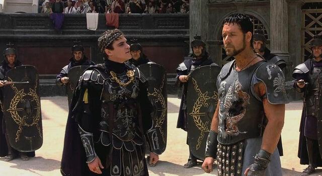 File:Gladiator-2000-russell-crowe-joaquin-phoenix-maximus.jpg